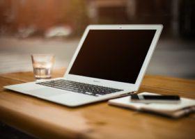 Per e-mail ingediend bezwaarschrift moet kunnen worden hersteld
